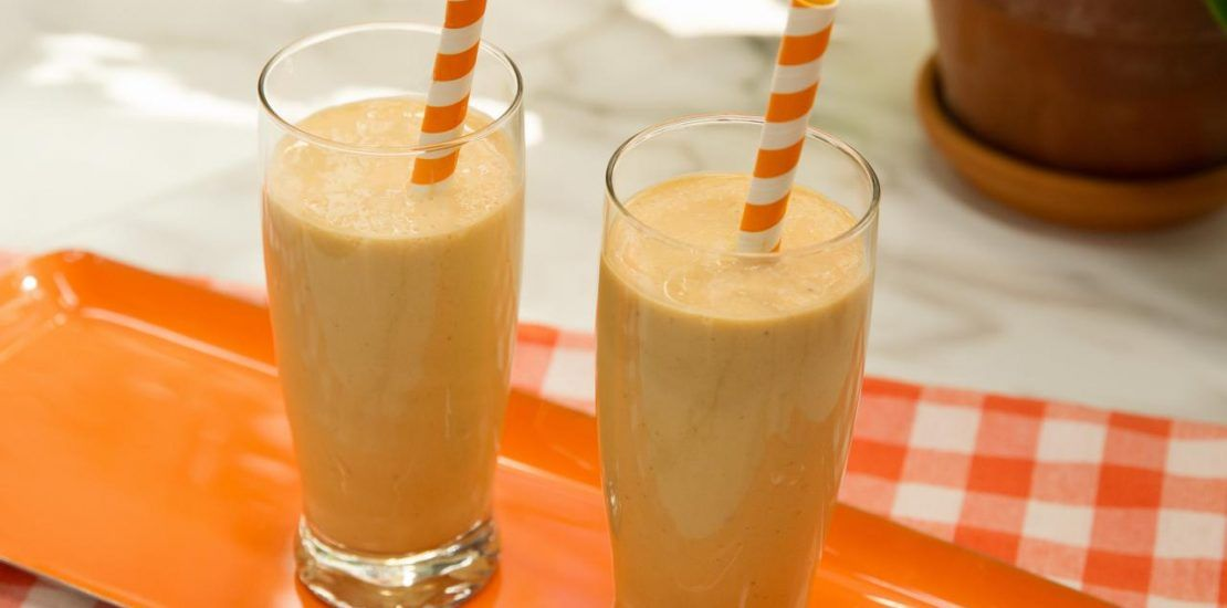 KC0404 Pumpkin Smoothie s4x3.jpg.rend .hgtvcom.1280.960 1110x550 - Shakes that help improve the digestive system